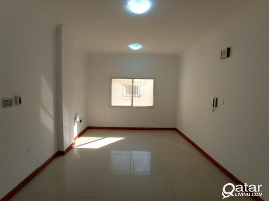 Hot Offer: 2 BHK Apartment for 4000 @ Najma!!!