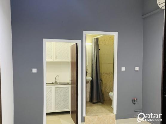 Small studio room for rent in Al thumama ( For couples / Single lady )