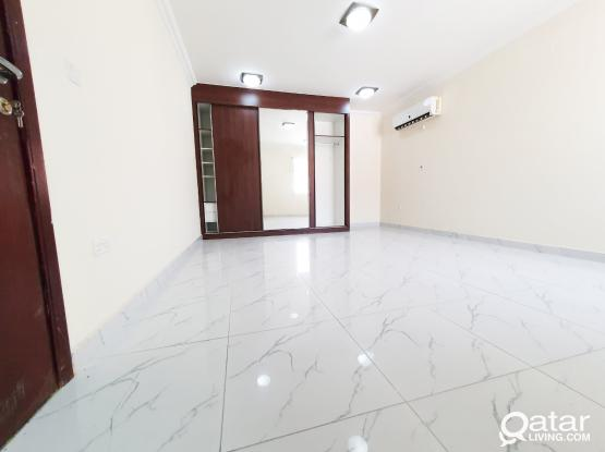 Very Spacious Studio flat available for Rent in Al Duhail