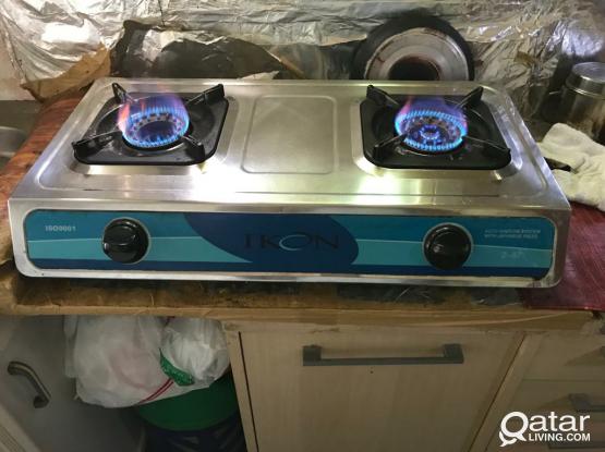 Gas cylinder regulator and stove