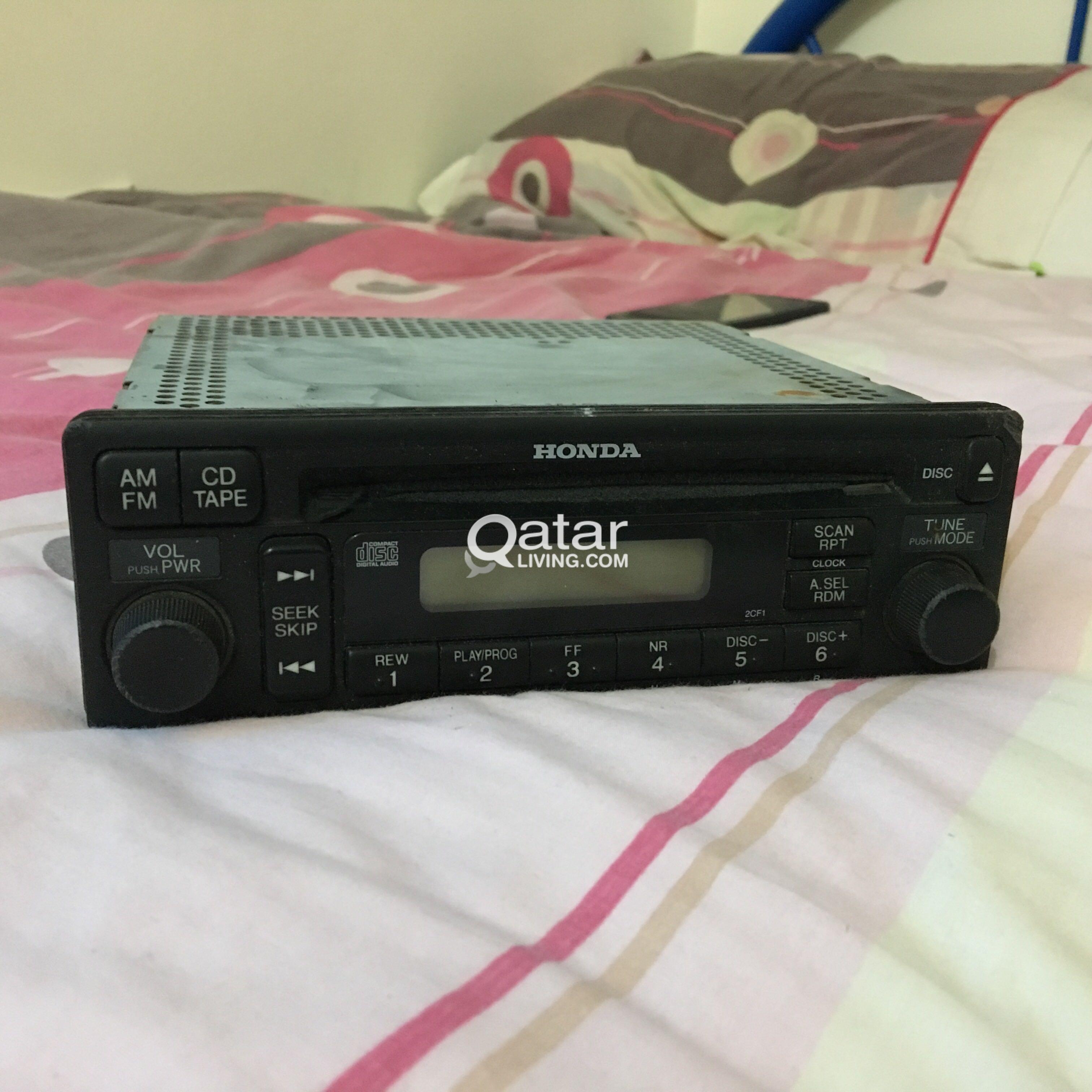 Orginal Honda CD player for sale