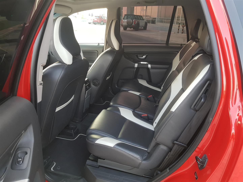 2014 As New Volvo XC90 R-Design