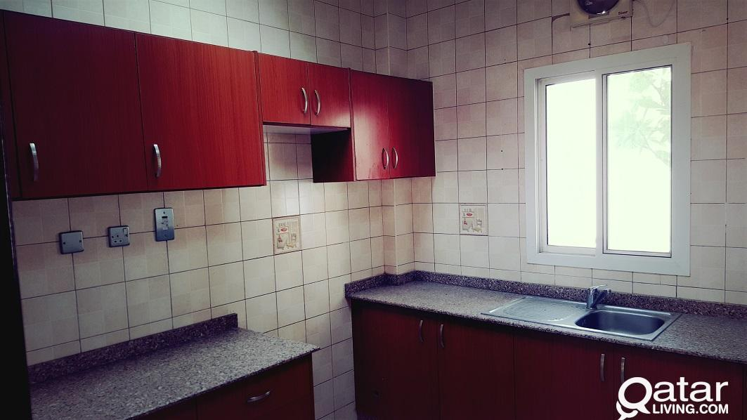 SPACIOUS 3 BED SEMI FURNISHED VILLA 1 MONTH FREE (