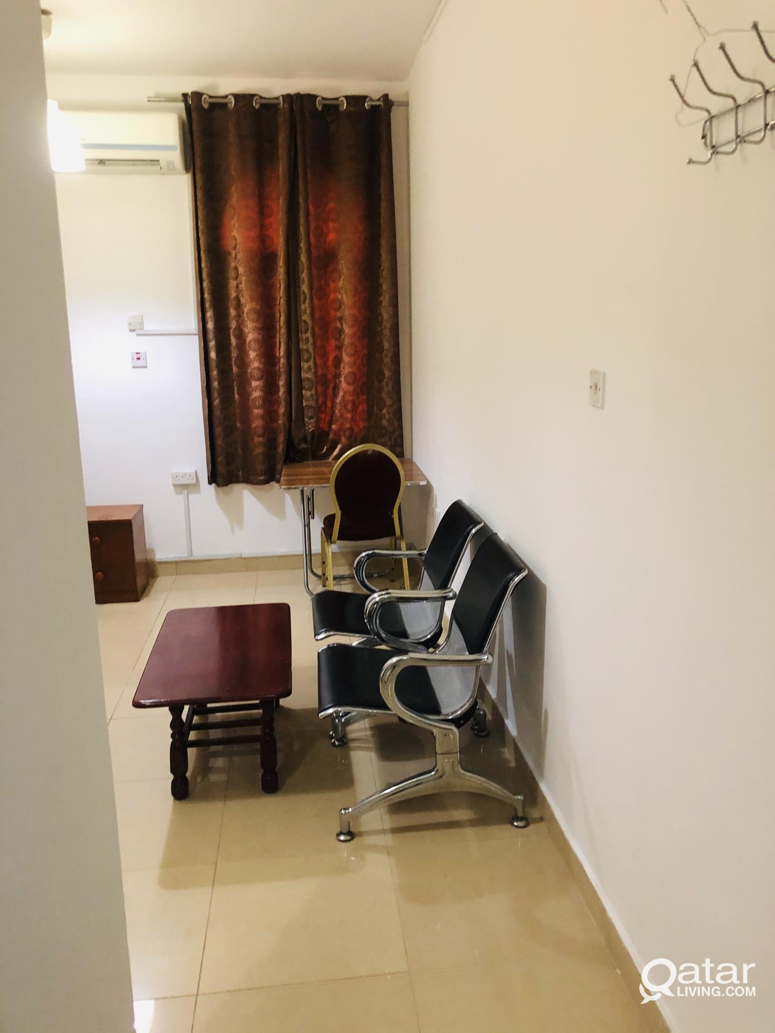 fully furnished studio flat in old salata near Cor