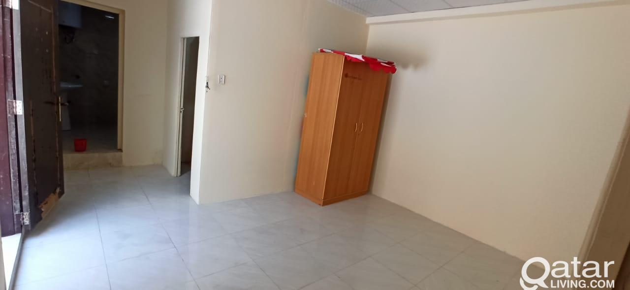 Spacious Studio In a Villa for a Single Lady or Co